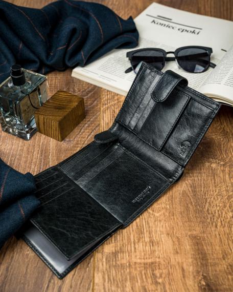 Pionowy portfel męski zapinany, skóra naturalna, Pierre Andreus
